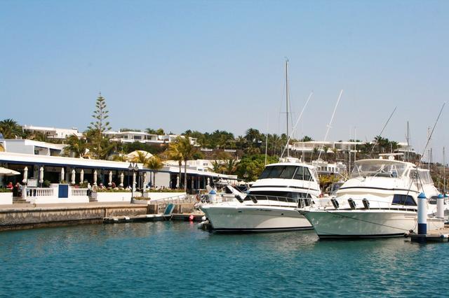 Porty Wysp Kanaryjskich, do których warto zacumować tego lata
